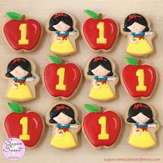 https://flic.kr/p/BG5Jtt | Little Princess First Birthday Cookie Favors | Snow…