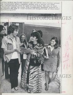 1970 PRESS PHOTO GINA LOLLOBRIGIDA