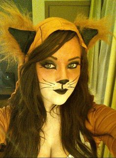 Pin for Later: 101 Real-Girl Halloween Costumes That Are Terrifyingly Gorgeous Foraging Fox Fox Halloween, Halloween This Year, Halloween Makeup Looks, Halloween Skeletons, Halloween Costumes For Girls, Halloween Season, Halloween 2020, Reddit Halloween, Women Halloween