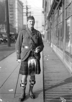 Unidentified soldier in uniform kilt, 1918 - City of Vancouver Archives Scottish Kilts, Scottish Tartans, Utility Kilt, Tartan Kilt, Man Of War, Men In Kilts, Highlanders, Men In Uniform, Wwi