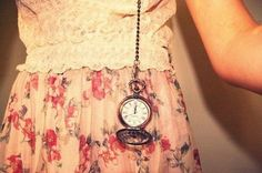 pocketwatch. I fucking want this