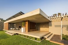 metropole architects / albizia house, simbithi eco estate