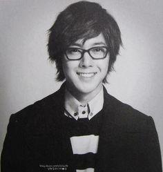 Kim Hyun Joong 김현중 ♡ glasses ♡ black & white ♡ Kpop ♡ Kdrama ♡ SO cute