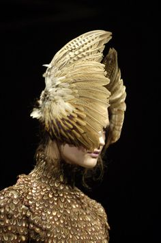 Most popular tags for this image include: Alexander McQueen, catwalk, fashion and haute couture Fashion Week, Runway Fashion, Fashion Art, High Fashion, Fashion Show, Fashion Design, Couture Fashion, Fashion Models, Look Chic