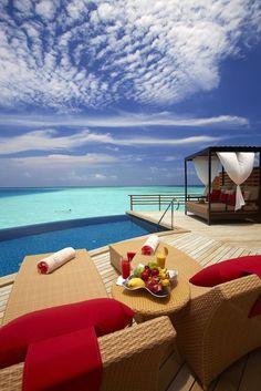 Baros resort in the Maldives, water/pool villa