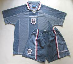 England away football kit by Umbro Football Kits, Football Jerseys, Euro 1996, England Football, National Football Teams, Soccer Training, Short Tops, Jersey Shorts, Vintage Shirts
