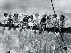 Bettmann Corbis: Kids over New York. Art Print, Canvas on Stretcher Classic Photography, Vintage Photography, Black And White Photography, Calvin Y Hobbes, Good Old Times, New York Art, Vintage Pictures, Funny Pictures, Vintage Children