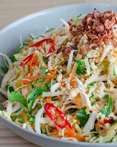 Low FODMAP and Gluten Free Vietnamese chicken salad http://www.ibssano.com/low_fodmap_recipe_vietnamese_chicken_salad.html