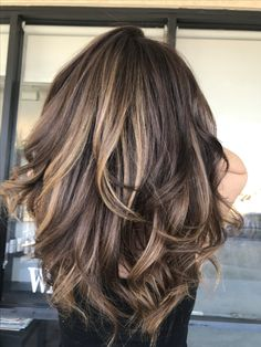 - Color, Partial Highlight and Blow-Dry Chocolate Color Melt into shades of Honey for this Beautiful Momma. Cabelo Ombre Hair, Balayage Hair, Bayalage, Fall Hair Color For Brunettes, Partial Balayage Brunettes, Highlights For Brunettes, Fall Highlights, Brunette Color, Brunette Fringe