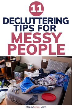 Decluttering tips and motivation for messy people at heart. Declutter your home & Decluttering tips and motivation for messy people at heart. Declutter your home with these hacks. Declutter Home, Declutter Your Life, Organizing Your Home, Organizing Tips, Organising, Organizing Clutter, House Cleaning Tips, Spring Cleaning, Cleaning Hacks