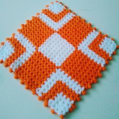 Puff Stitch Crochet, Filet Crochet, Crewel Embroidery, Pot Holders, Elsa, Blanket, Knitting, Centerpieces, Toss Pillows