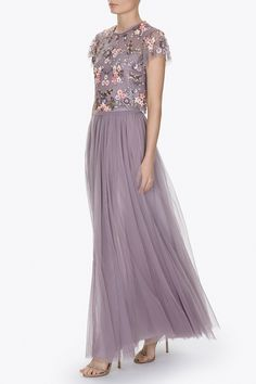 Our best selling maxi skirt is made up of layers upon layers of sheer frothy tulle, giving this style light yet dramatic movement and a lovely romantic silhouette.