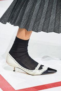 18cf33dfb366fb Christian Dior Fall 2019 Ready-to-Wear Fashion Show