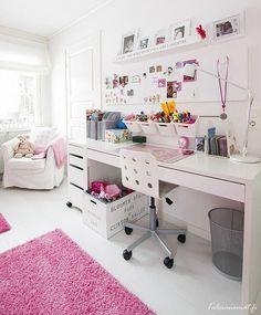 Hem yatak odası hem çalışma odası.