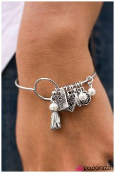 Wherefore Art Thou, Romeo- $5.00 Bracelet  Order at https://paparazziaccessories.com/shop/products/wherefore-art-thou-romeo/59094/