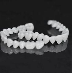 Veneers Teeth, Dental Veneers, Perfect Smile Teeth, Fake Smile, Dental Resin, Snap On Smile, Misaligned Teeth, Stained Teeth, Natural Teeth Whitening