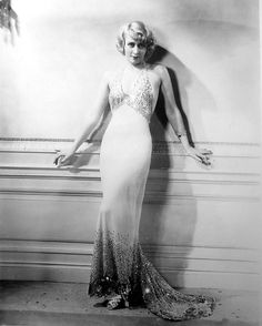 Joan Blondell, Convention City, 1933 (costumes by Orry-Kelly & Milo Anderson) Hollywood Costume, Hollywood Fashion, Vintage Hollywood, Classic Hollywood, Hollywood Stars, Hollywood Actresses, 1930s Fashion, Vintage Fashion, Star Fashion