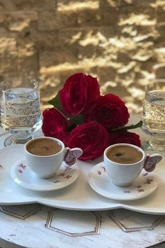 Good Morning Breakfast, Good Morning Coffee, Breakfast Tea, Coffee Break, Coffee Cup Art, Coffee Cafe, Coffee Shop, Breakfast Pictures, Holiday Day