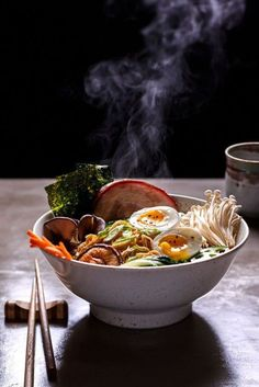 - great perspective, places you at the table like you are going to enjoy this big bowl of ramen food photography Mie Noodles, Ramen Noodles, Asia Food, Asian Recipes, Healthy Recipes, Masterchef, Aesthetic Food, Food Design, Food Pictures