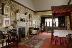 """Wightwick Manor: The Indian Bird Room at Wightwick Manor, Wolverhampton, West Midlands. The """"Indian Bird"""" printed linen wall-hangings are a Warners fabric, and the bed hangings are a William Morris printed velveteen called """"Wey"""". #William_Morris #Morris_and_Co #Wightwick_Manor"""