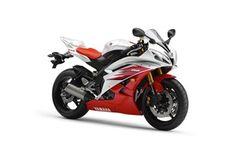 Competition for the Triumph D675???  Next Yamaha R6 and R1 will be triples - Motorcycle news: New bikes - Visordown