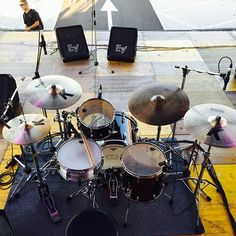 From practice spaces to the stage, check out these Zildjian players from across the globe! Drum Cases, Drums Artwork, Drums Studio, Zildjian Cymbals, Little Rock, Drum Kits, Rock Bands, Music Videos, Music Instruments