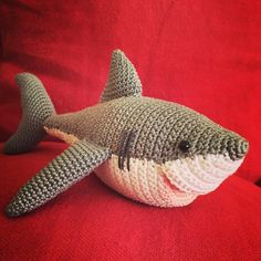 micacrochet:: Shark. Pattern/Patrón @vanessamooncie from the book Crocheted Sea…