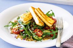 Haloumi, lentil and rocket salad. Haloumi that's crisp on the outside and deliciously soft in the centre is the golden glory on top of this colourful, flavoursome salad. Crispy French Fries, Vegetarian Recipes, Healthy Recipes, Vegetarian Dinners, Free Recipes, Cooking Recipes, Mint Salad, Salmon, Kitchens