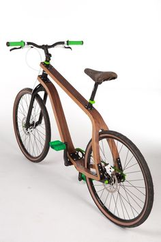Polish designer Stanis?aw P?oski's new design will take you for a ride. He recently unveiled a bent plywood bike, the Bonobo, at Berlin's 2011 International Design Festival. He's putting a new spin on things with an angular frame composed of manipulated composite wood.