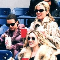 12 Signs You're the Carrie Bradshaw of Your Friend Group