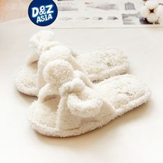 Cheap slippers indoor, Buy Quality kawaii slippers directly from China slippers cute Suppliers: Millffy fluffy slippers indoor plush slippers cute female woman flip flop kawaii slipper shoes floor white slippers Spa Slippers, White Slippers, Bedroom Slippers, Summer Slippers, Fuzzy Slippers, Felted Slippers, Kawaii Shoes, Open Toe Boots, Soft Corals
