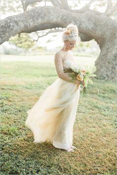 gold dress from rent the runway @weddingchicks