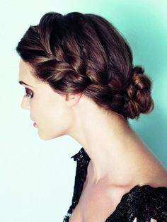 Stylish Updos Hairstyle For Cool Weather