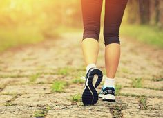 Walk this way to a slimmer you! When you're walking for weight loss, this is how to increase fat burn and avoid common mistakes that sabotage your efforts. Lose 5 Pounds, Losing 10 Pounds, Slimming World, Diet Plans To Lose Weight, How To Lose Weight Fast, Eating For Weightloss, Getting Back In Shape, Challenge, Diet Motivation