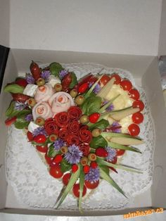 Sandwich Cake, Sandwiches, Food Art, Cake Ideas, Buffet, Muffins, Strawberry, Cakes, Decorating