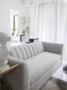 The Best Sofas For Small Es