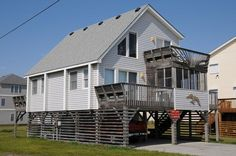 Kill Devil Hills Vacation Rental: The White House MP 9.5 126 | Pet Friendly Outer Banks Rentals