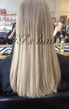 Easilocks hair extensions available at GG's salon, Mutley Plain, Plymouth. Get this look using only 80 strands! Call GG's on 01752 564639 to book in for your FREE consultation #easilocks #plymouth #ggs https://www.facebook.com/ggshairextensionsplymouth/photos/pb.768404209885213.-2207520000.1431605008./867347016657598/?type=1