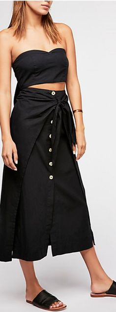 tie font skirt set