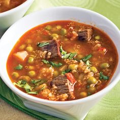 Soupe au quinoa et boeuf - 5 ingredients 15 minutes Chili, Easy Meals, Easy Recipes, Beans, Food And Drink, Magazines, Sauce Salsa, Discovery, Photos