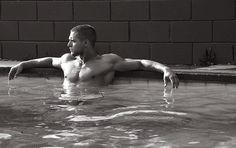<3 Logan. you are sooo hot!