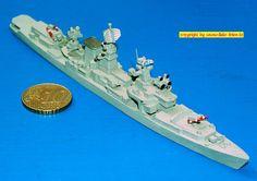 "Lenkwaffen-Kreuzer CG ""Nicolayev"" der Kara-Klasse (Delphin 117) 1:1250"