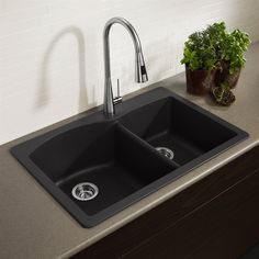 Exceptional Kitchen Remodeling Choosing a New Kitchen Sink Ideas. Marvelous Kitchen Remodeling Choosing a New Kitchen Sink Ideas. Kitchen Black Counter, Blanco Kitchen Sinks, Best Kitchen Sinks, Kitchen Sink Taps, Kitchen Sink Design, New Kitchen, Kitchen Decor, Kitchen Ideas, Kitchen Countertops