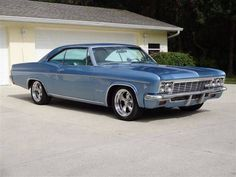 "1966 Chevrolet Impala ""Super Sport"" S/S 327ci V8 (Lori had this one also, with six batteries in the trunk to power the hydraulic lifting system...hubby painted it metalflake gold) #chevroletimpala1966"
