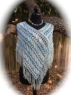 • Poncho works for any worsted to aran weight yarn that gets gauge.