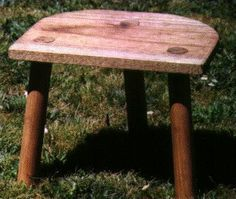 """The 'Lund' Viking Stool  This method is based on the """"Lund"""" Viking stool which dates from the 11th century"""