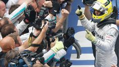 Rosberg wins thrilling Chinese GP