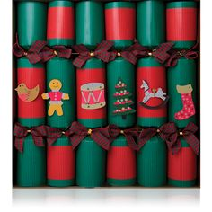 Our lovely Red and Green kraft card crackers are very cute and are great for kids!