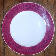 Rosenthal Pink Red Rim Black Floral Anemone Salad Plate China Patterns, Salad Plates, Red And Pink, Tableware, Floral, Black, Chinese Patterns, Dinnerware, Black People