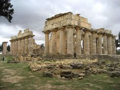 History of Libya.the temple of Zeus in the ancient Greek city of Cyrene. Libya has a number of UNESCO sites from the ancient Greek era Ancient Greek Theatre, Ancient Greek City, Ancient Greece, Ancient Ruins, Ancient Greek Architecture, Destroyer Of Worlds, Greek Art, North Africa, Capital City